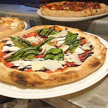 Distributeur à pizza 24h/24h et 7j/7